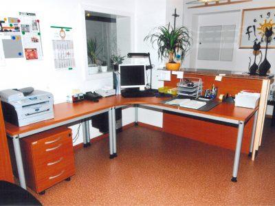 Rotholz Büro